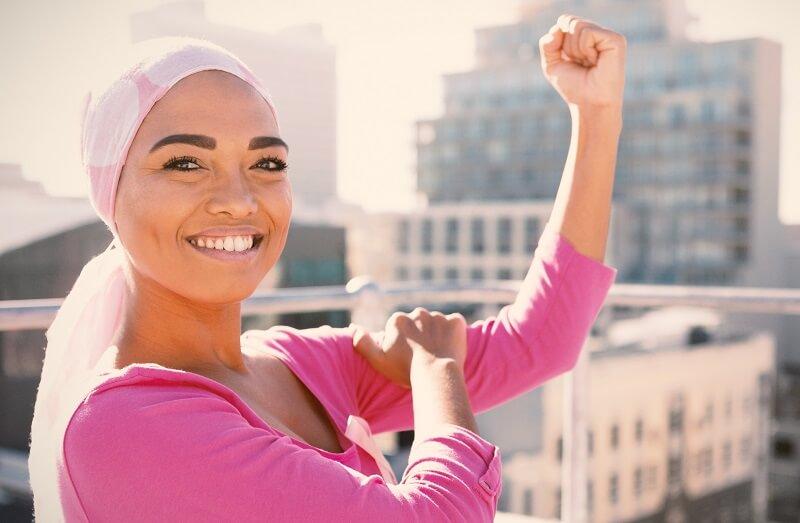 Krebs bekämpfende Frau